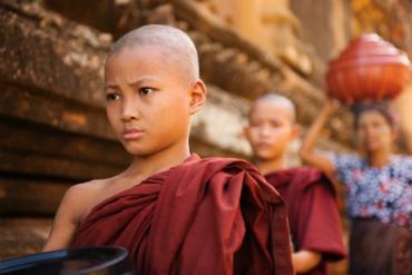 נזירים בודהיסטים