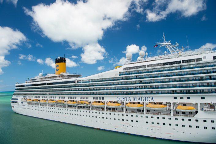 ספינת האהבה קוסטה מג'יקה