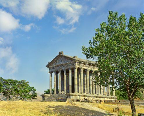 המקדש היווני גארני